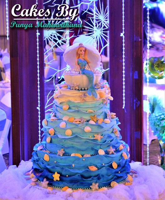 Cakes from Punya Mahawithana of Cakes by Punya Mahawithana