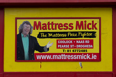 MATTRESS MICK ADVERTISEMENT [PHOTOGRAPHED ON PEARSE STREET]-147629