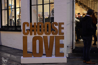 Choose Love - Help Refugees