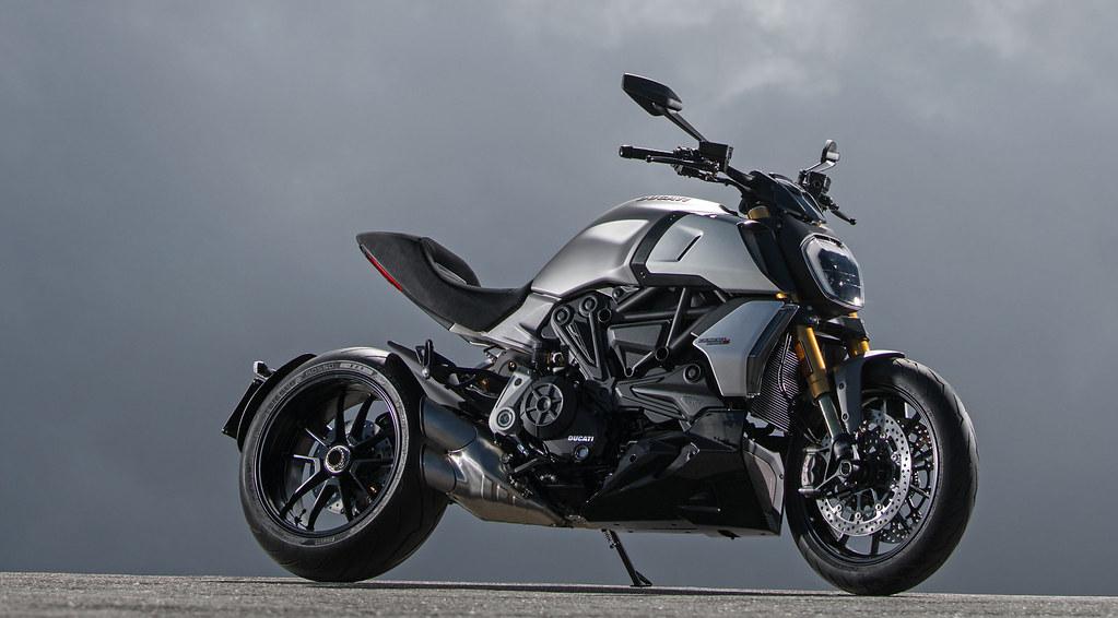 Ducati DIAVEL 1260 S 2019 - 28