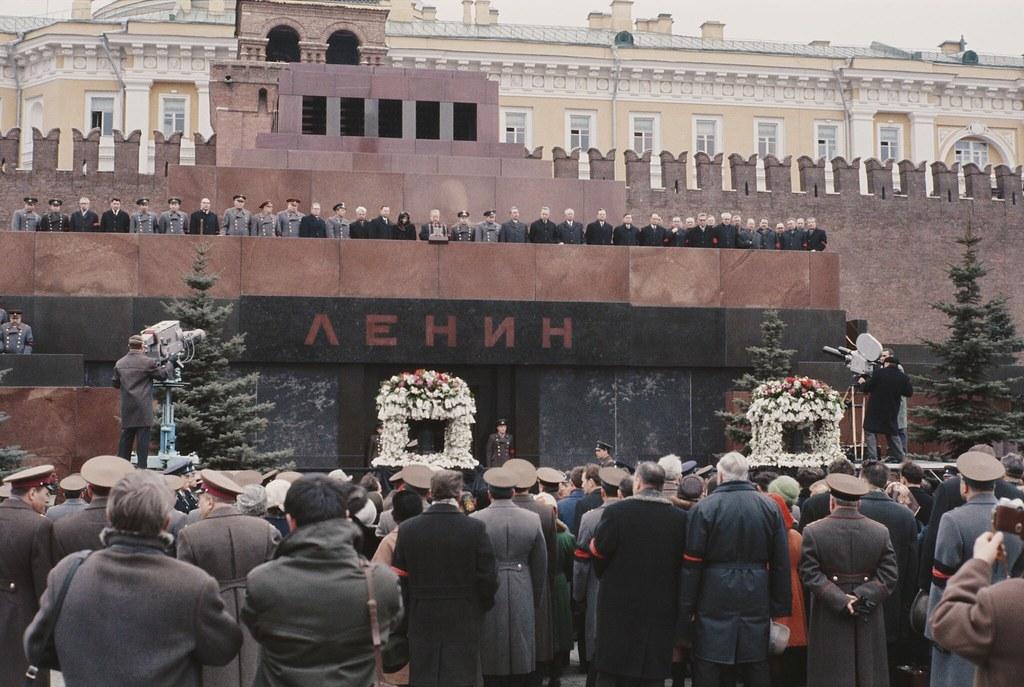1968. Похороны Гагарина. Траурный митинг.  28 марта