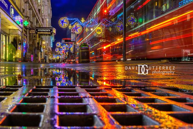 Starry (II) - Strand, London, UK