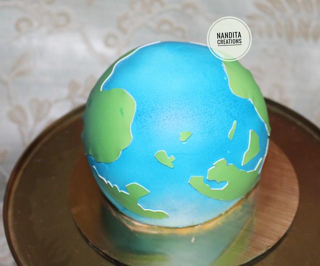 Sphere Cake by Nandita Kesarwani from Nandita Creations