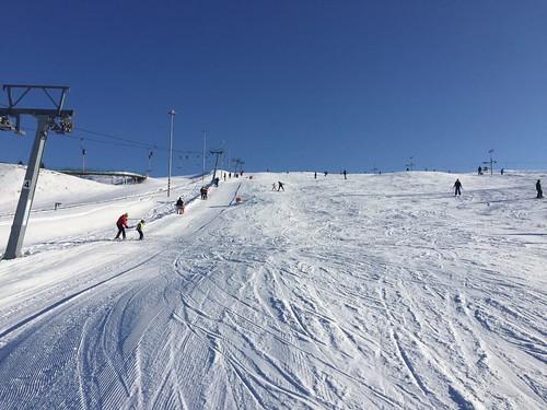 Lyžujte 4 hodiny v lyžařském areálu HLUBOČKY (platí i na večerní lyžování) s 35 % slevou