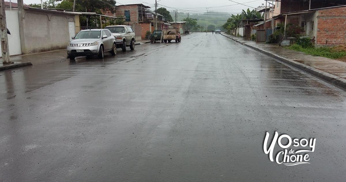 23 mil metros cuadrados de asfalto en calles de Chone