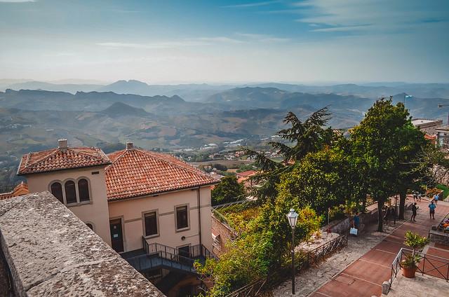 San Marino, Nikon D5100, AF-S DX VR Zoom-Nikkor 18-55mm f/3.5-5.6G