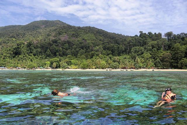 Kanitha and Samantha enjoying the Marine life at Koh Adang