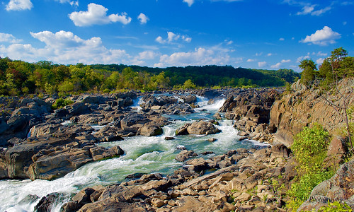 greatfalls potomacriver maryland america usa river waterfall chute rapids sunlight water rush rocks trees foliage sky clouds flow vista overlook nikon d60 aplusphoto