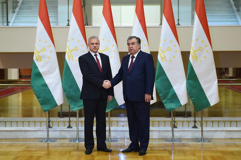 Встреча Лидера нации Эмомали Рахмона с Государственным секретарём Совета безопасности Республики Беларусь Станиславом Засом