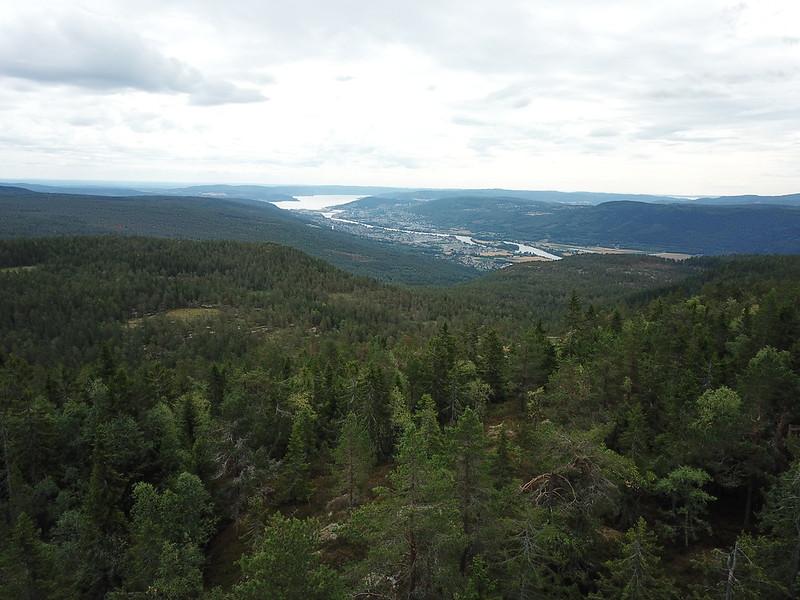 17-Utsikt mot Drammen fra Lokkeråsen (drone)
