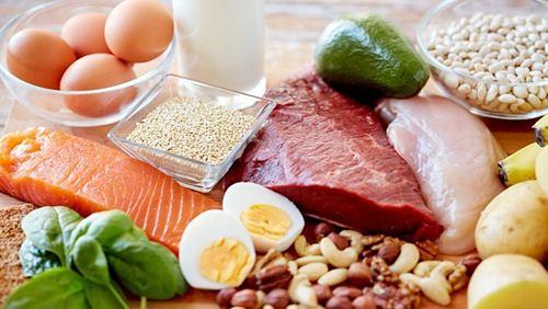 Makanan Baik dan Buruk Penderita Tipes
