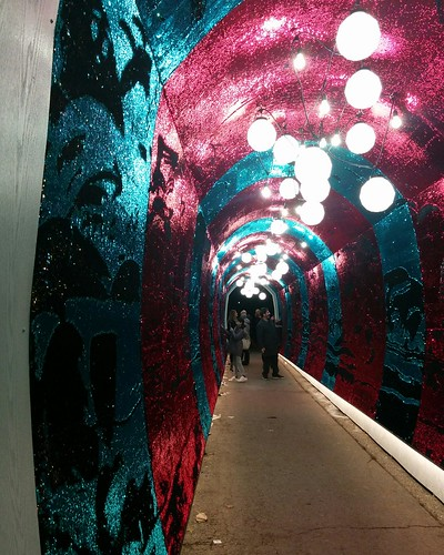 Into the Tunnel of Glam #toronto #tunnelofglam #yongeandstclair #tunnel #sequin #red #blue