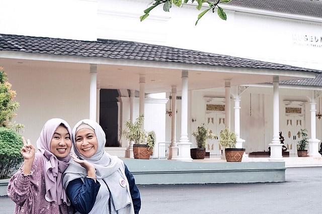Gedung Seni Sono Istana Kepresidenan Yogyakarta