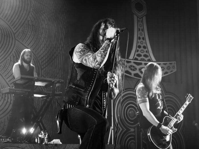Holiday Club Saimaan Arena keikat 2018 Amorphis Tomi Joutsen laulaja Esa Holopainen kitaristi_