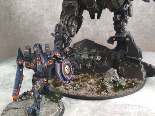 KX139 Taunar Supremacy Armour with Battlesuit Commander00027