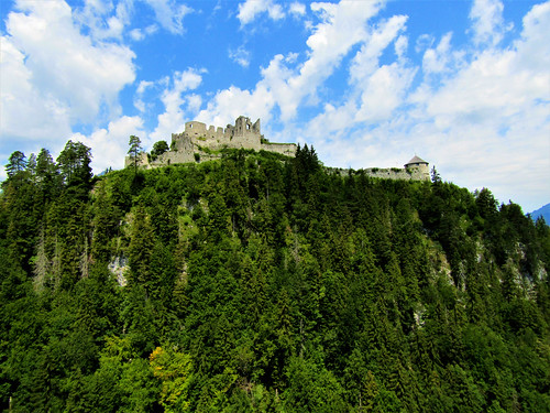 view of Ehrenberg Castle from Highline 179
