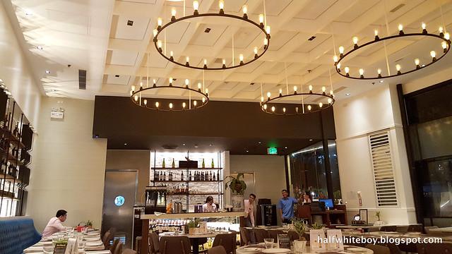 halfwhiteboy - Felix Restaurant Greenbelt 5 01