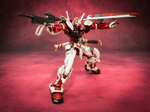 HiRM_Astray_Red_Frame_18