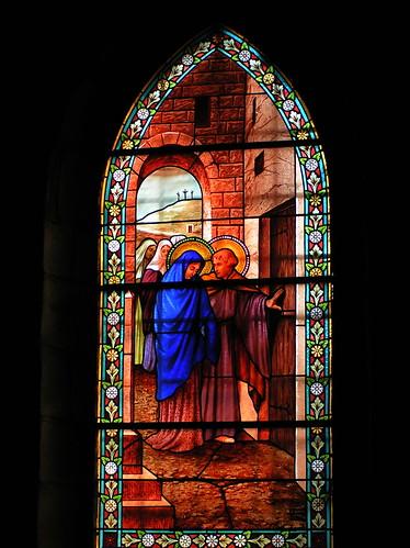 20080831 28844 1001 Jakobus Soleymieux Kirche Fenster Maria Josef Familie Kreuz