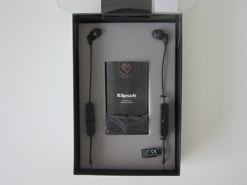 Klipsch R5 Wireless Earphones - Box Open