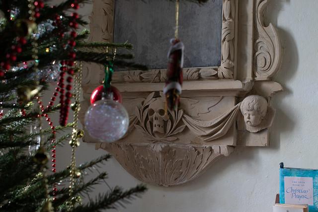 Baubles, skull & mournful cherub
