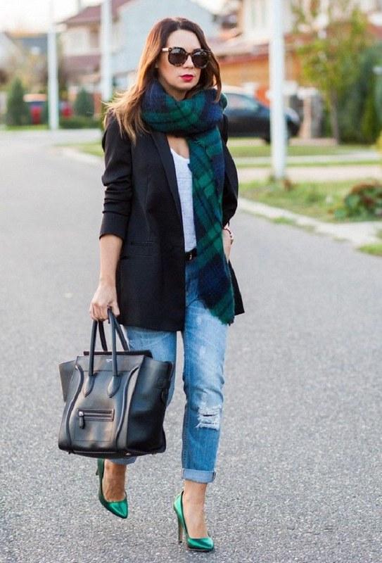 Kết hợp áo khoác và khăn choàng