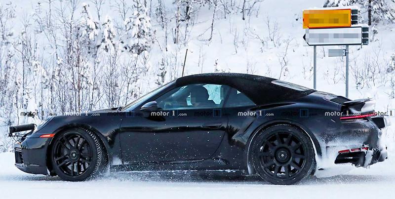 2020-porsche-911-turbo-cabriolet-spy-photo (6)