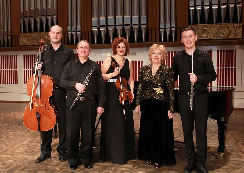 Картинки по запросу ансамбль старинной музыки барокко донецкая филармония