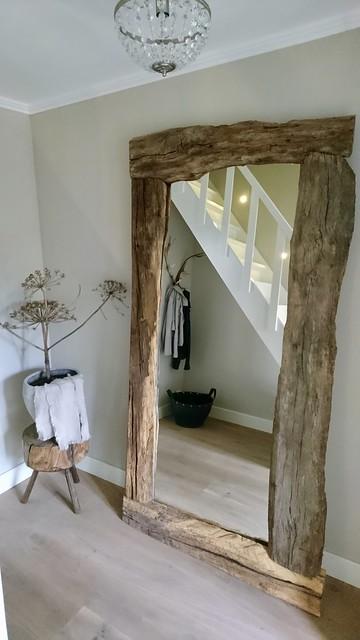 Spiegel met houten rand landelijke hal