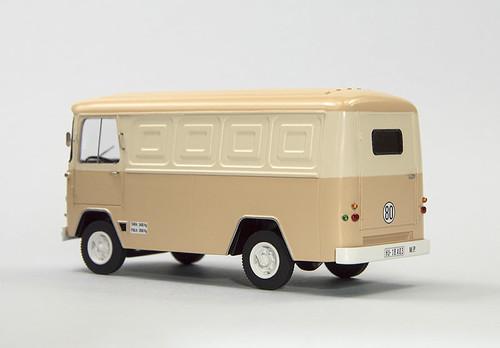 furgon-nazar-marron-furgon-2-1