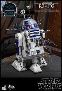最萬能的冒險好夥伴!! Hot Toys - MMS511 –《星際大戰》R2-D2  1/6 比例豪華版機器人偶作品