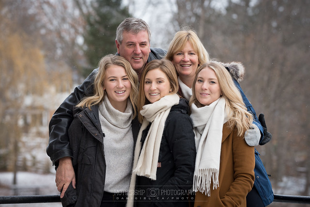 Winter family photos at Watson's Mill
