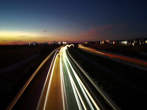 Anochecer en ka A2. #autopista #lights #cochrs #luces #magiclight