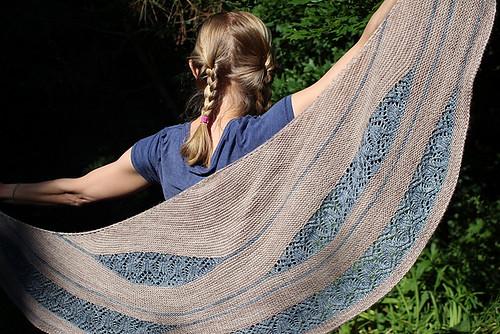 knittingthestash's Waiting for Rain knit using Madelinetosh Light