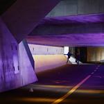 Sa, 04.02.17 - 15:20 - Bahnhof Winterthur, underpass, Unterführung, trainstation Winterthur, Komplementärfarben, Street in color, complementary colors, Sprung, Jungs, boys