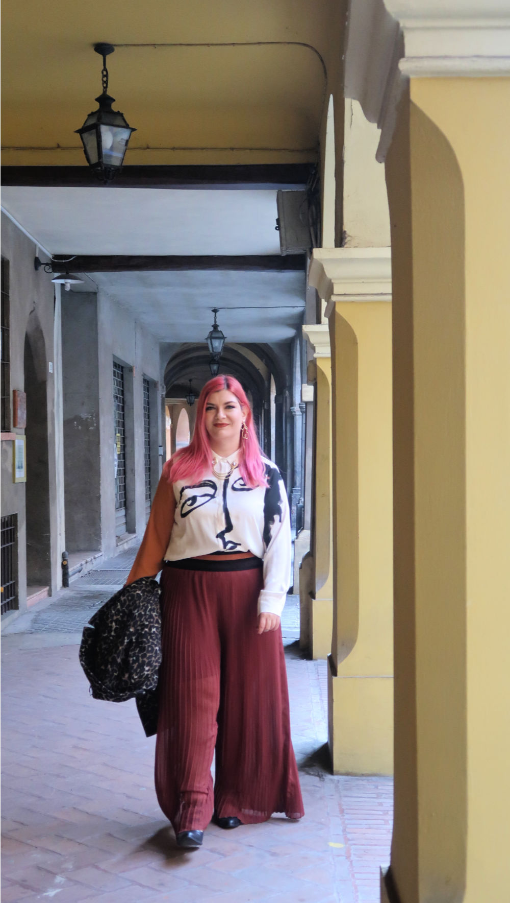 outfit plus size, curvy, panta palazzo e cappotto leopardato (13)