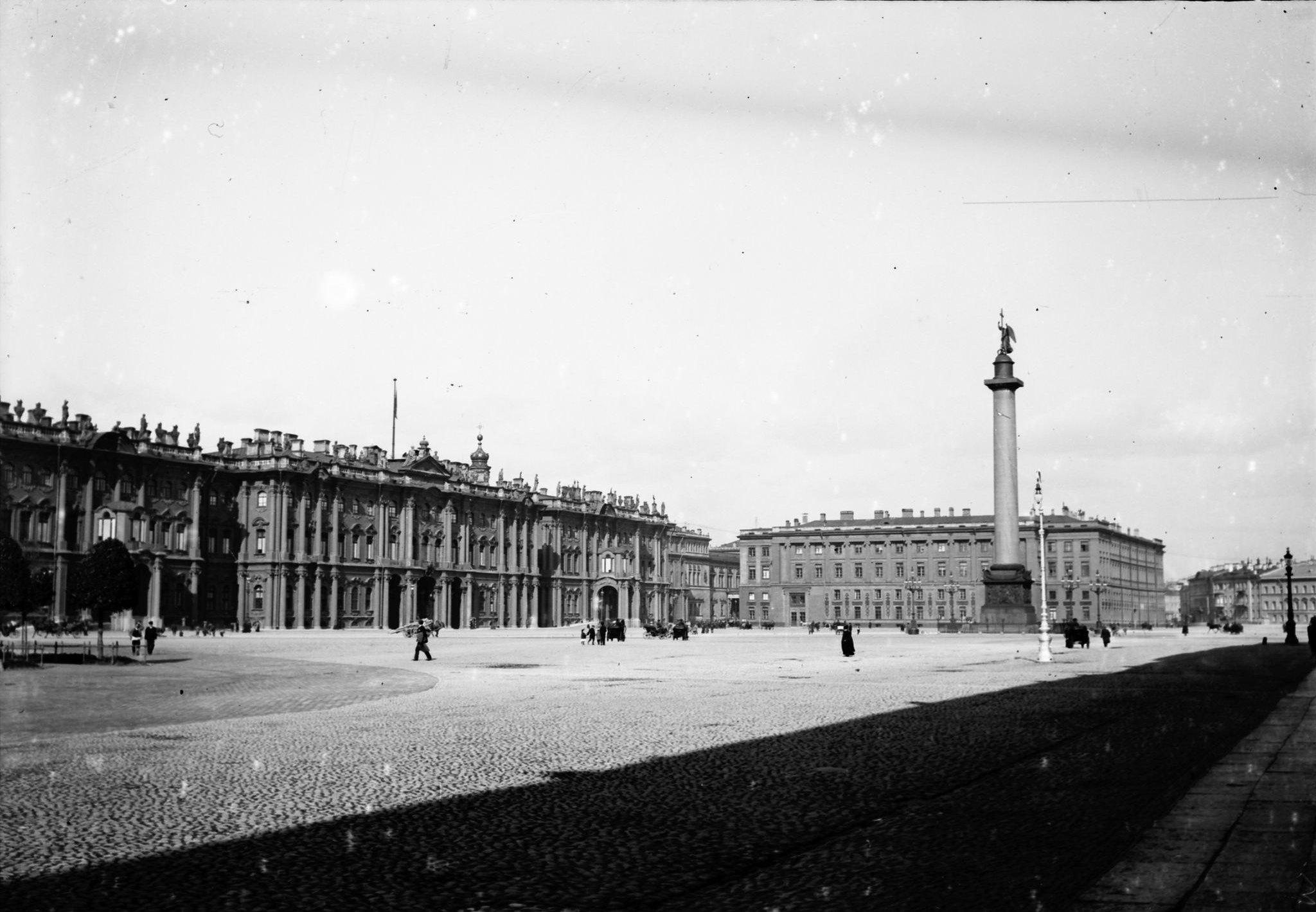 Дворцовая площадь. 1907