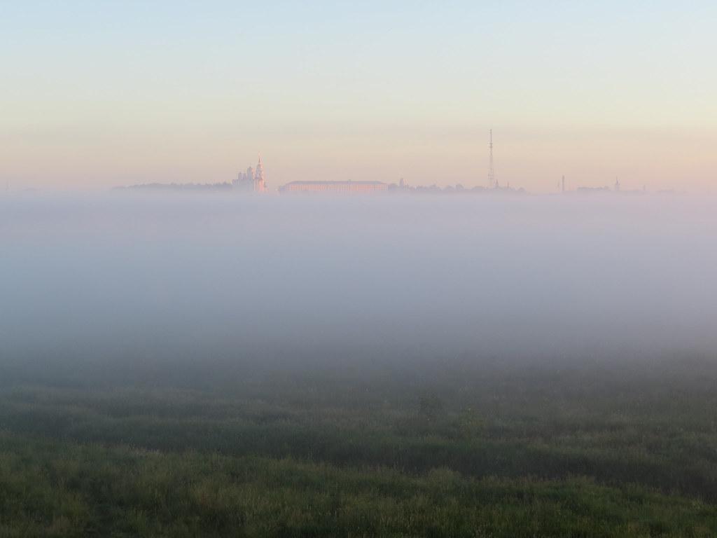 Успенский собор в тумане