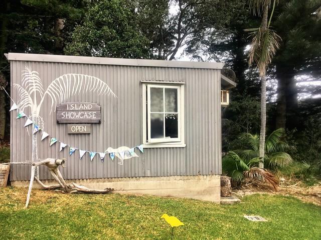 Lord Howe Island : Island Showcase - beautiful local art.