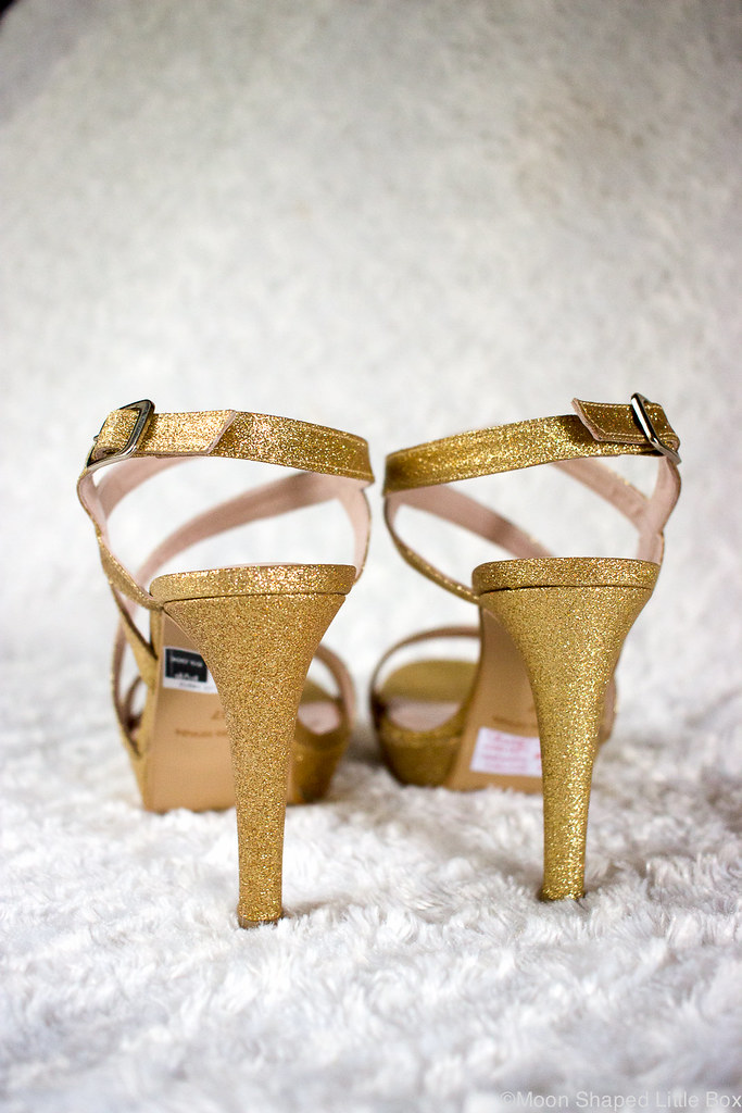 Botticelli_golden_glitter_heels