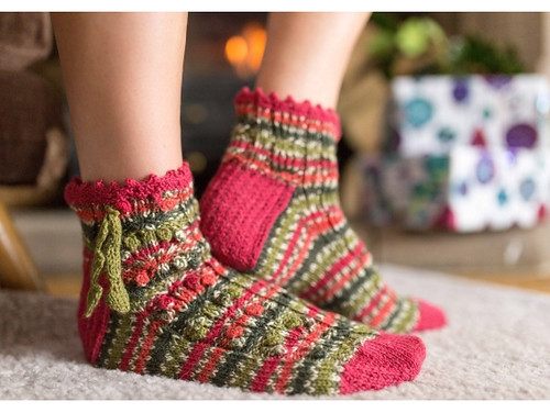 Holly Berry knit up in a different sock pattern