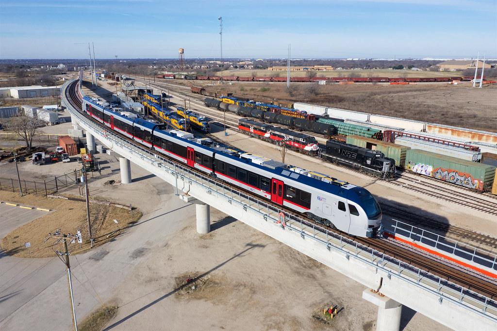 TEX RAIL - Fort Worth Texas   FWWR Hodge yard + NREX 4321 an