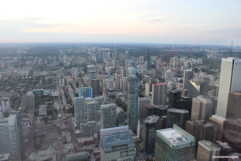 Toronto CN Tower (2)