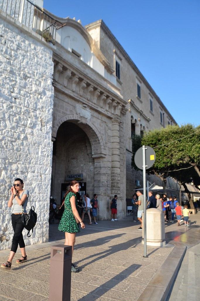 porta-vechia-polignano