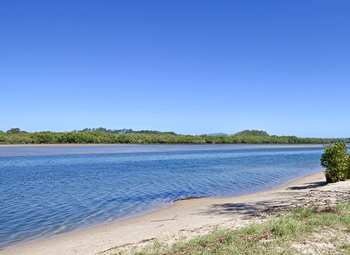 Low tide river magic