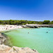 8. Nadando en aguas transparentes
