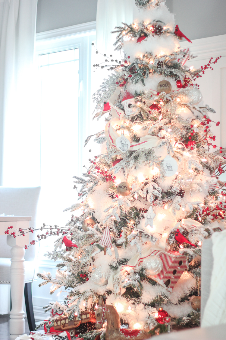 10 Ways to Decorate Your Christmas Tree - Over the Top Christmas Tree