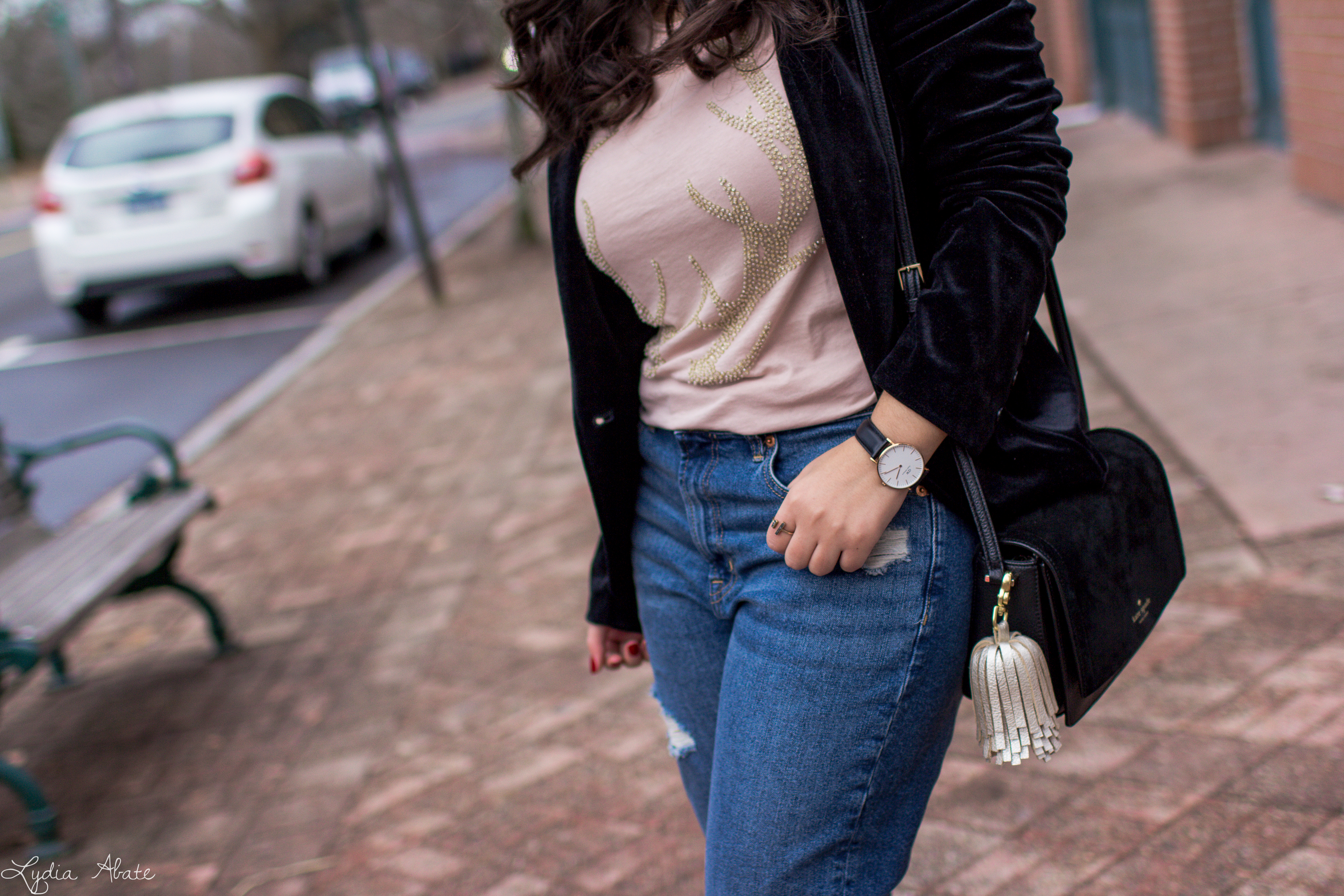 velvet blazer, distressed jeans, antler tee, nude pumps-8.jpg