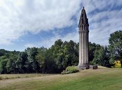 Fenioux - Lanterne des morts - Photo of Asnières-la-Giraud