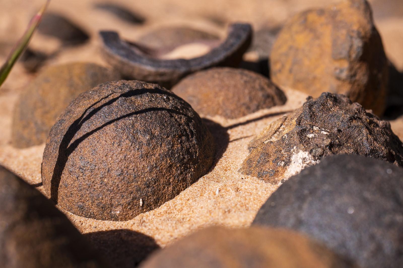 Moki Stones
